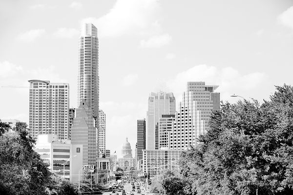 CONGRESS AVENUE DOWNTOWN AUSTIN TEXAS BLACK AND WHITE