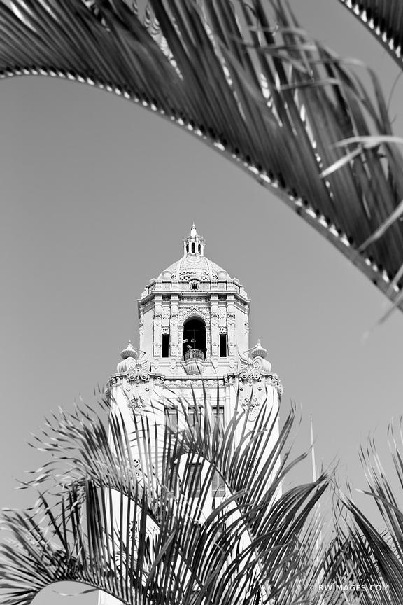 BEVERLY HILLS CITY HALL BEVERLY HILLS CALIFORNIA BLACK AND WHITE