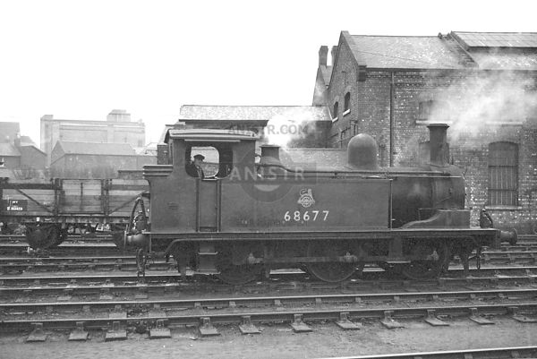 PHOTOS OF EX-LNER J72 CLASS 0-6-0T STEAM LOCOS