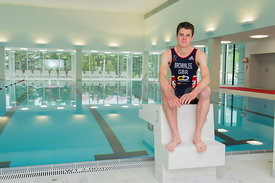 Jonathan Brownlee Brownlee, Triathlon Olympic Medalists in London 2012 enjoy the training facility OVAVERVA in St.Moritz,