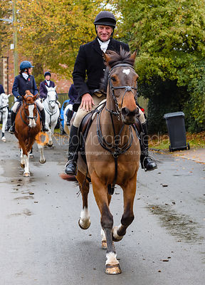 Peter Cooke leaving the meet. The Cottesmore Hunt at Braunston