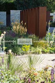 Jardinet contemporain, Paysagiste : Andy Sturgeon. CFS, Angleterre
