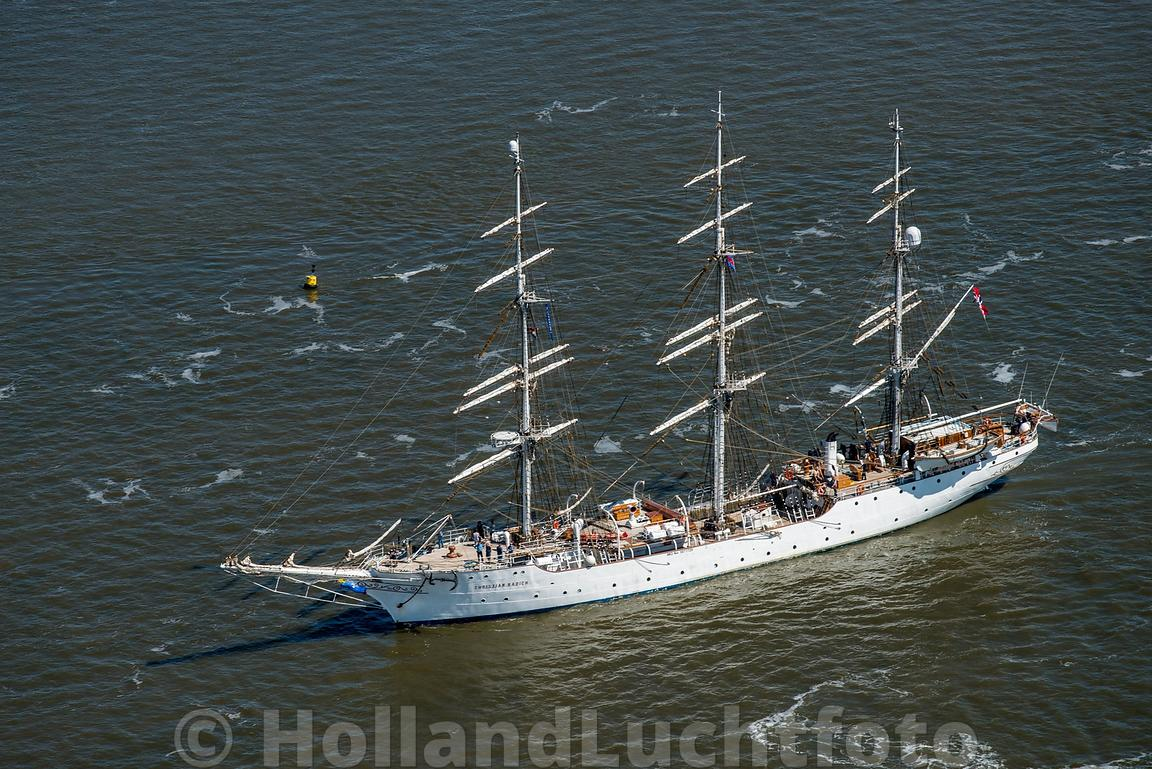 Harlingen - Luchtfoto Tall Ships Races 8