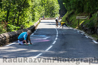 Woman Painting the Road to Col d'Aubisque