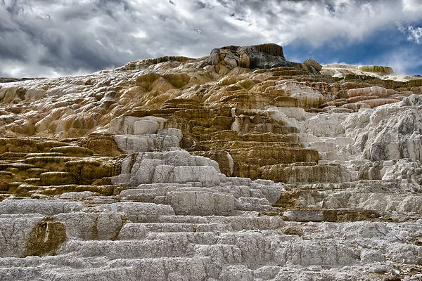 Travertine-Terraces-0288502-HDR