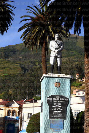 Statue of General Enrique Peñaranda del Castilo in main square, Sorata, Bolivia
