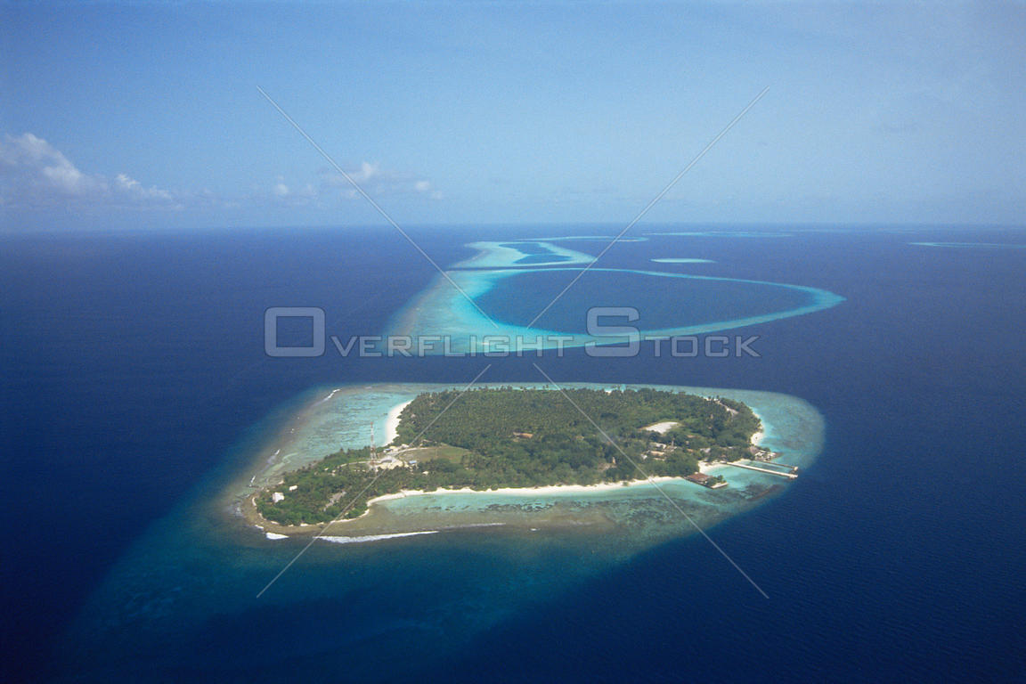 Aerial view of islands, the Maldives, Indian Ocean