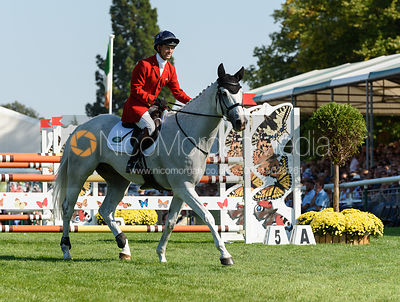 Harry Meade and AWAY CRUISING, showjumping phase, Land Rover Burghley Horse Trials 2018