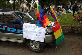 Car with message thanking president Evo Morales  at an event to celebrate Bolivia rejoining the 1961 UN Convention , La Paz ,...