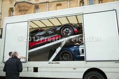 Car transporter taking the supercars away from shooting Transformers 5 in Oxford