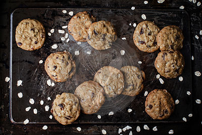 Oat raisin cookies with chocolate chips