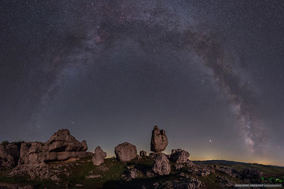 Galactic arch at Chaos - Fraissinet-de-Fourques - Lozère