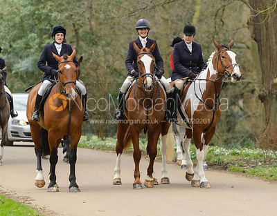 arriving at the meet - The South Shropshire and Belvoir Hunts at Belvoir Castle 11/3/17