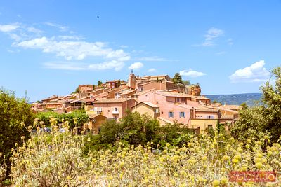 France, Provence Alps Cote d'Azur, Vaucluse, Roussillon. View of the old town
