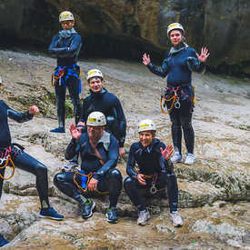 Photo reportage canyoning team building
