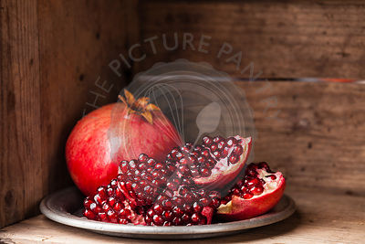 Pieces and grains of ripe pomegranate