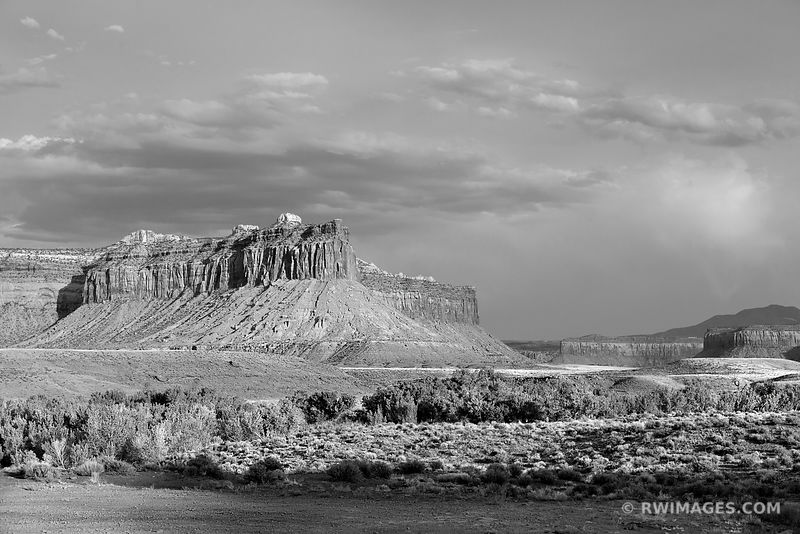 THE NEEDLES DISTRICT CANYONLANDS NATIONAL PARK UTAH BLACK AND WHITE HORIZONTAL