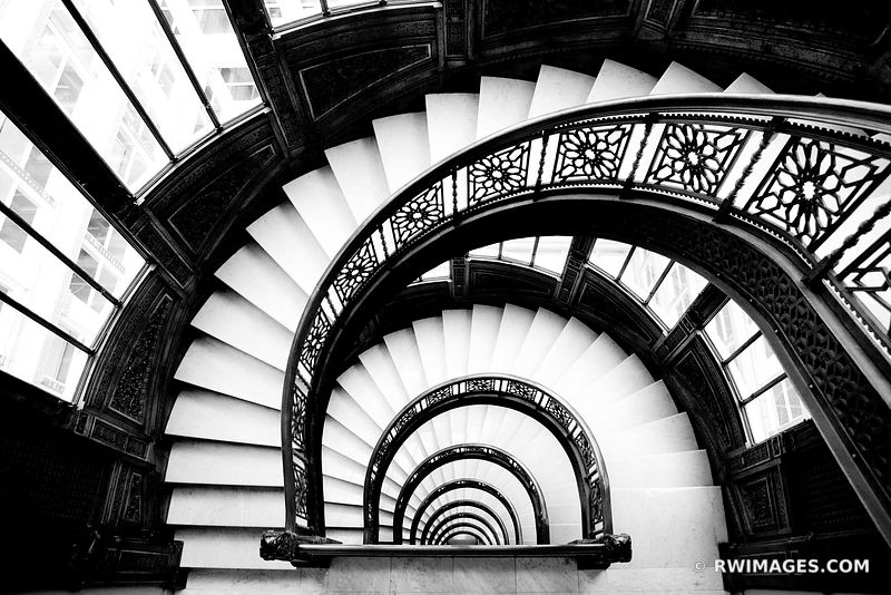 FRANK LLOYD WRIGHT ROOKERY BUILDING CHICAGO ARCHITECTURE BLACK AND WHITE