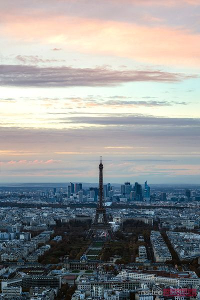 Awesome sunset over Eiffel tower and Paris skyline