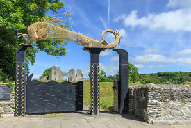 Dragon, entrance gate Newcastle Emlyn castle