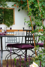 Garden chair, garden designer, Garden furniture, Garden table, mangetout, Ironwork