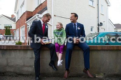 NO REPRO FEES 13th May, 2014.Pictured is An Taoiseach Enda Kenny TD knocking on doors in Carpenterstown in support of Senator...