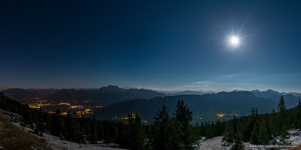 Full Moon over the Semnoz - Annecy