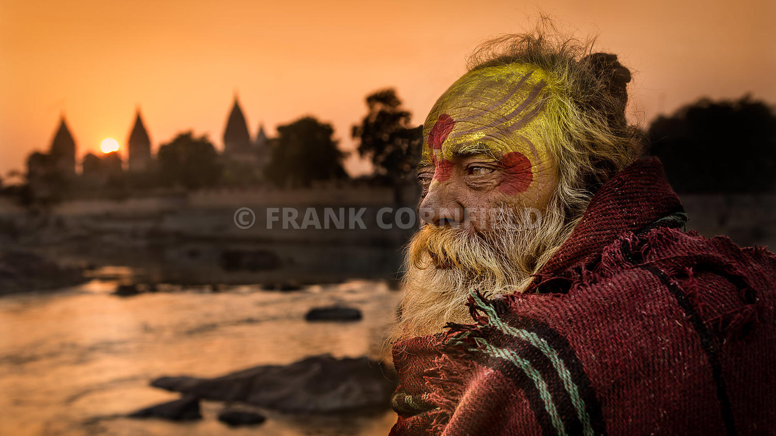 Sadhu at Betwa River, Orchha, India.