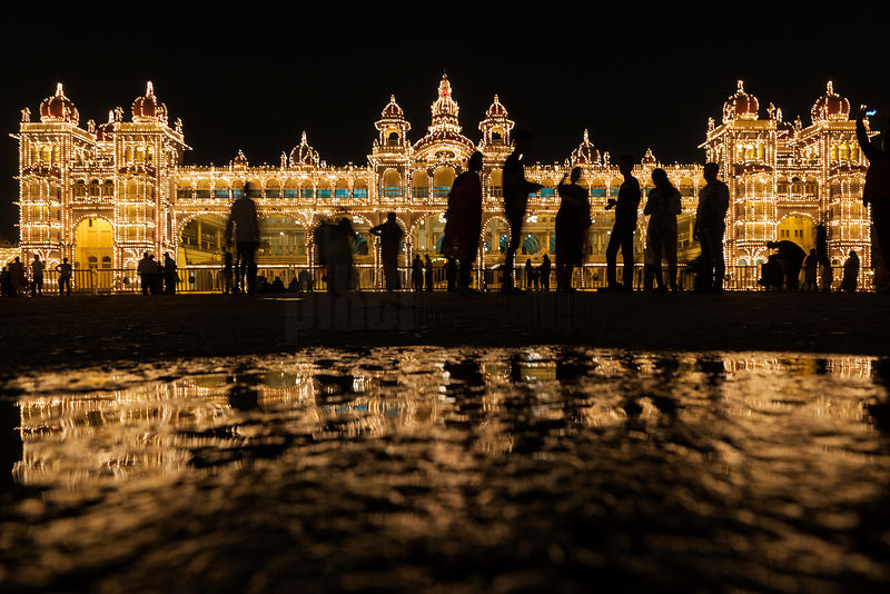 !00,000 Lights Illuminate the Mysore Palace