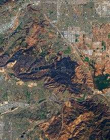 EARTH California -- 18 Nov 2008 -- One hundred eighty-seven homes were destroyed by the Freeway Fire in Southern California i...