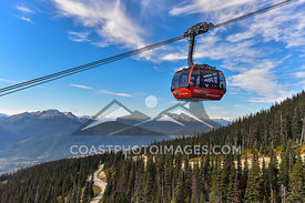 Peak 2 Peak Gondola on a nice clear day. Photo by Scott Brammer - coastphoto.com