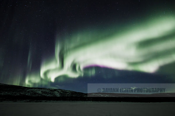 Strong northern lights above the Teno River