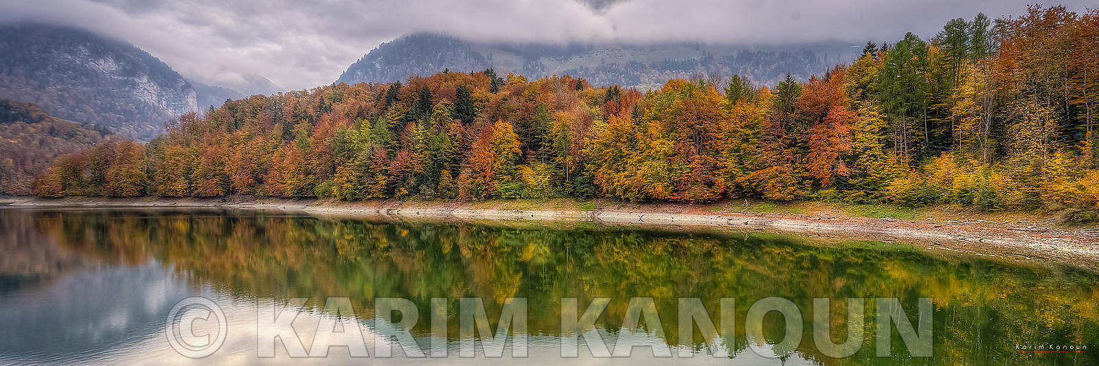 Panorama - Autumn reflection - Gruyère