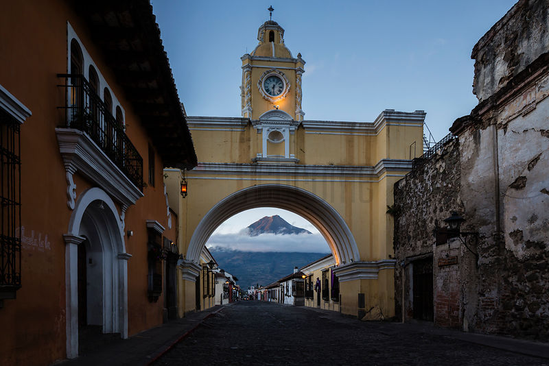El Arco de Santa Catalina and Volcán Agua at Dawn