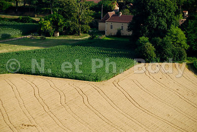 FRANCE, DORDOGNE, CINGLE DE TREMOLAT//FRANCE, DORDOGNE, MEANDE