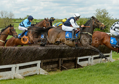 Race 3 - The Melton Hunt Club Point-to-Point 2017