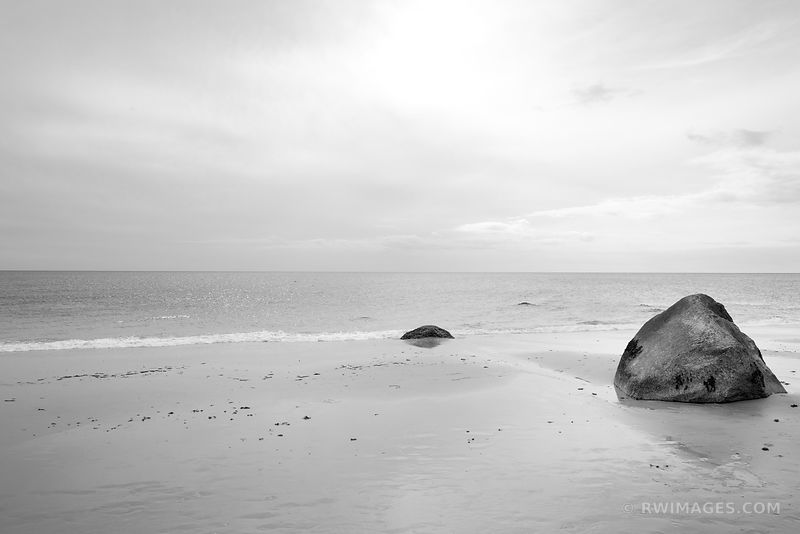 MOSHUP'S BEACH AQUINNAH MARTHA'S VINEYARD MASSACHUSSETTS BLACK AND WHITE