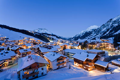Austria, Vorarlberg, View of lech am arlberg at night