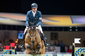 Zurich, Switzerland, 27.1.2018, Sport, Reitsport, Mercedes-Benz CSI Zurich - Art on Ice Championat. Bild zeigt Romain DUGUET (SUI) riding SHERAZADE DU GEVAUDAN...27/01/18, Zurich, Switzerland, Sport, Equestrian sport Mercedes-Benz CSI Zurich - Art on Ice Championat. Image shows Romain DUGUET (SUI) riding SHERAZADE DU GEVAUDAN.