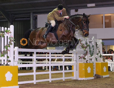 - Quorn Hunt Gate Jumping 2014