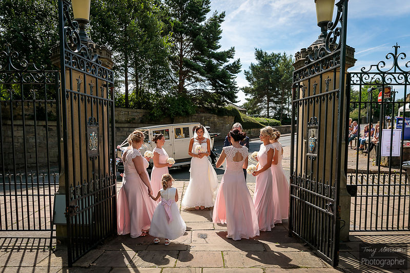 Halifax Minster & Holdsworth House Wedding Photos - Laura & Shaun's Wedding - August 2018 photos