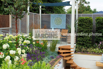 Border, Border with flowers, Garden chair, garden designer, Garden furniture, Garden table, Pergola, Small garden, Stair, Terrace, tight cloth, Trellis, Urban garden, Contemporary Terrace, Digital, Grasses