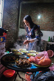Hmong Guide Cooking Noodle Soup for Tourists