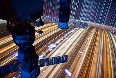 ISS : Star Trails