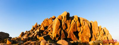 Balancing rock, Joshua Tree National Park, USA
