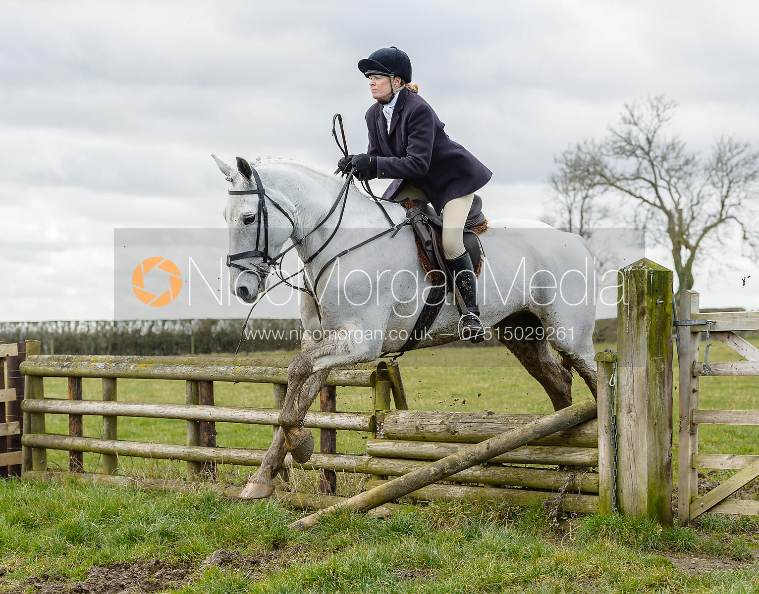 Monica Tebbutt-Wheat jumping a fence at Burrough House