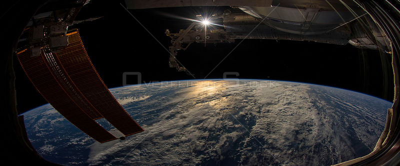 Spectacular view of Earth framed by the ISS
