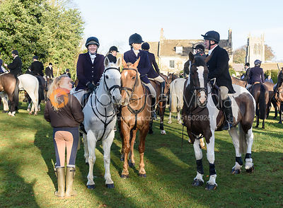 Jodie Parr, Jo Rutter, Peter Cooke at the Cottesmore Hunt meet at Pickwell Manor 8/1