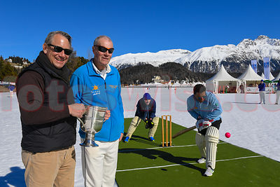 Cricket on Ice - St.Moritz