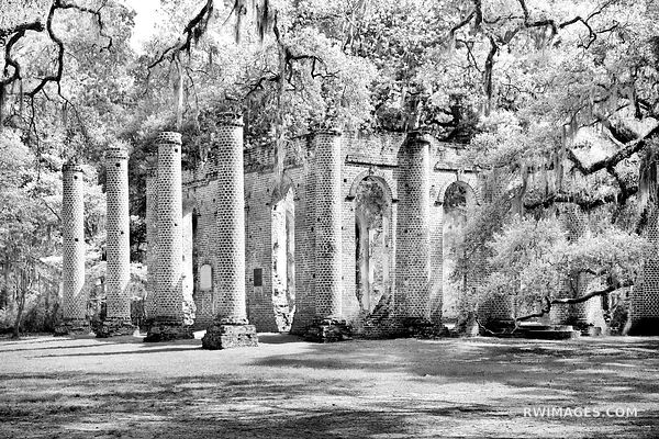 OLD SHELDON CHURCH RUINS NEAR BEAUFORT SOUTH CAROLINA BLACK AND WHITE